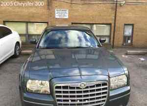 CHRYSLER 300 2005 E-TEST VERY LOW KM ONLY 163,000