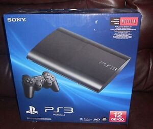 SONY PLAYSTATION 3 PS3 SUPER SLIM 12 GB CONSOLE + 4 PS3 GAMES
