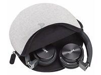 AKG Y40 Headphones (unused!)