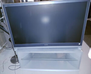 FREE (if you pick it up)!  Sony LCD Rear Projection TV