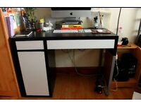 IKEA DESK BLACK/WHITE