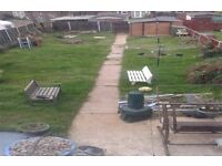 as part of a 3 way large 3 bed house in Grays essex looking two bed sutton/crawley