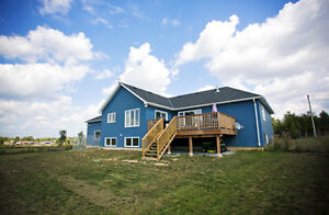 Less than 2 year old Country Bungalow 1 hour from Durham!