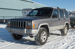 2000 Jeep Cherokee Limited parting out!