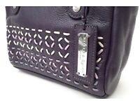 BAILEY & QUINN Black Leather Handbag - Excellent Condition
