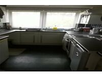 House EXCHANGE ONLY Arnold 2 double bedroom ground floor maisonette for 2/3 bed House