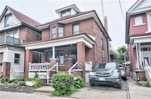 Large, Solid House Ideal For Big Family! Hardwood Floors!