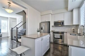 TOWNHOUSE AT DOWNSVIEW FOR SALE!