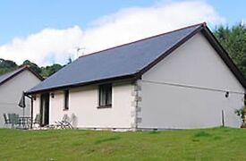 Looe Cornwall luxury holiday Bungalow Ash Cottage Week in August £875