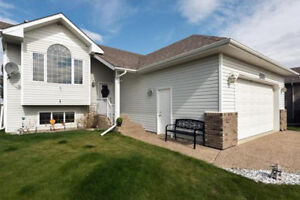 Westpointe Home With Flair