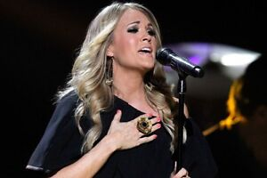 Carrie Underwood Rogers Place-AISLE SEATS