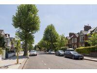 North Kensington. Bright & spacious studio, Close to Ladbroke Grove & White City.