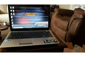 SELLING ASUS INTEL CORE i5 LAPTOP WITH WIRELESS MOUSE