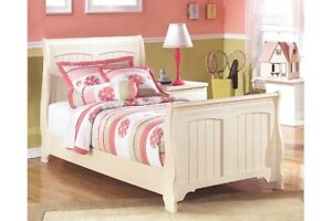 Set de chambre fille / Girl bedroom set