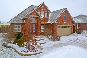 "943 Ridgewood Dr. Woodstock ""JUST LISTED DONT MISS OUT"" Stratford Kitchener Area image 1"