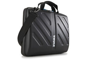 Never used THULE 15 inch MacBook Pro Case