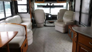 37ft Pace Arrow Motorhome, Fully Equipped
