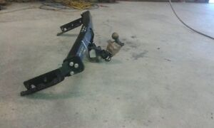 WTB:Trailer Hitch for 2005 or 2006 Nissan Xtrail