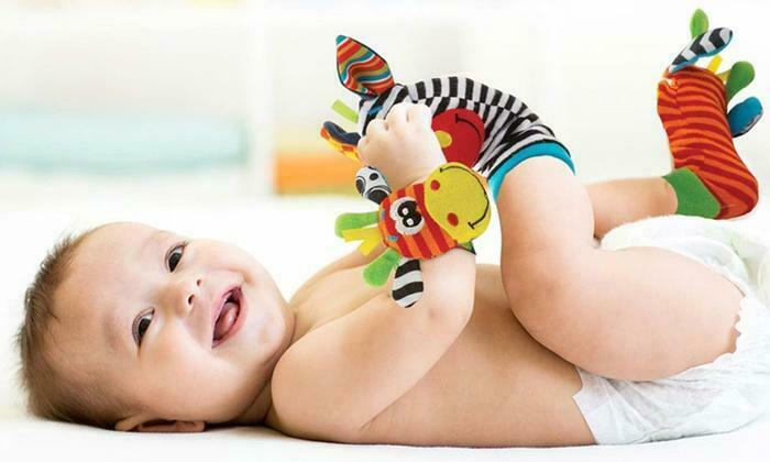 4pcs set Cute Animal Infant Baby Kids Hand Wrist Bell Foot Sock Rattles Soft Toy Baby