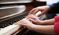 Fun and affordable piano lessons♬