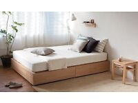 Muji storage double bed oak in very good conditions - manufactured by Thonet