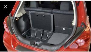 Nissan Versa Hatchback trunk organizer