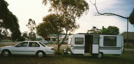 Evernew Elite Pop Top 16' Caravan with Extras Box Hill Whitehorse Area Preview