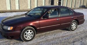1999 Infiniti I30 4 D00R Sedan