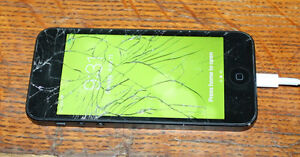 iPhone 5 16gb Cracked Screen Fully Functional