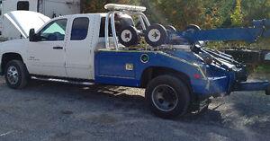 2009 GMC Sierra 3500 Tow Truck/Wrecker