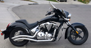 2013 HONDA STATELINE BLACK AND CHROME MANY EXTRAS