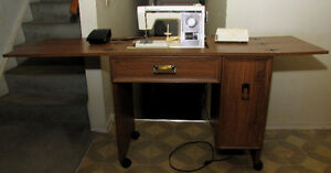 Kenmore convertible free arm sewing machine, complete w/ stand. Kitchener / Waterloo Kitchener Area image 2