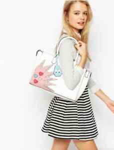 [BRAND NEW] ASOS Love hearts Hand Bag Durack Brisbane South West Preview