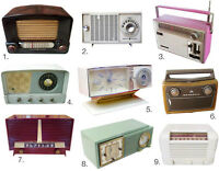 WANTED BAKELITE OR OTHER OLD RADIOS