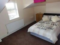 DOUBLE ROOM AVAILABLE IN WOOD GREEN NORTH LONDON *ALL BILLS INC + WIFI*