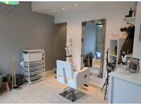 ***Beauty Room To Rent***
