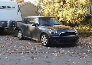 MINI Cooper S 2011 1.6L Turbo **Garantie de 3 ans incluse**