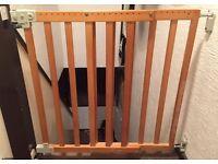 BABY SAGETY GATE