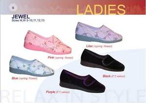 Ladies assorted Foamtred Slippers