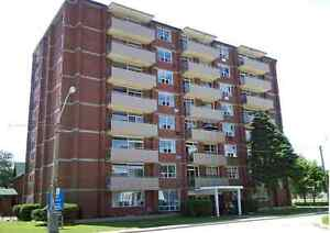 2 Bedroom APT- All Inclusive! - Giles Blvd Close to University