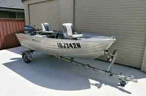 11ft Tinny with 15hp yamaha Kotara Newcastle Area Preview