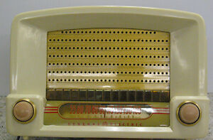 Vintage 1948 General Electric Bakelite Kitchen Vacuum Tube Radio Regina Regina Area image 5