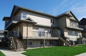 Mortgage free 6 month 2 bed 2 bath south terwillegar $249,000