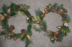 4 Christmas wreaths - as is $ 3 ea or all for $ 10 Kitchener / Waterloo Kitchener Area image 1