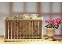 Up cycled plate rack