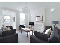 2 bedroom flat in Somerset Court Lexham Gardens, Kensington, W8