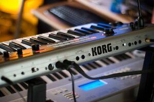 Korg R3 avec sac de transport
