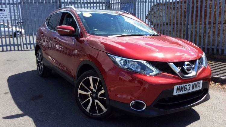 2014 nissan qashqai 1 6 dci tekna 4wd manual diesel hatchback in tunbridge wells kent gumtree. Black Bedroom Furniture Sets. Home Design Ideas