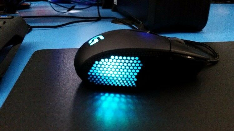 Logitech g303 Gaming Mouse RGB