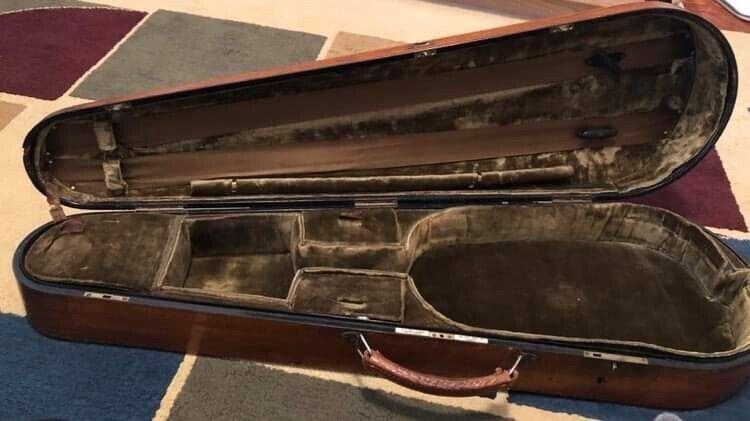 W.E.Hill&Sons Violin Case (RARE-COLLECTABLE)